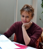 MadeleineHolt-portrait-smaller